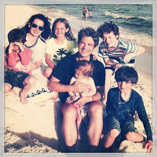 tay-family-beach-15-6-14