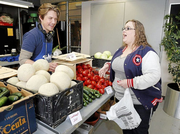 Food on the Move brings hot lunches and fresh produce to TCC Northeast campus