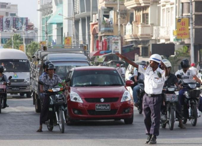 Gridlock grinds and gears in Mandalay | The Myanmar Times