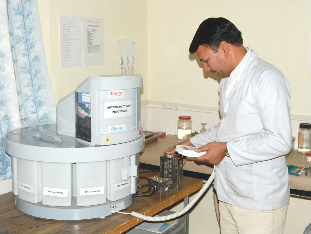 Histopathology and Cytology - Provides infrastructure and services for performing histopathology and cytology procedures and training students in these.