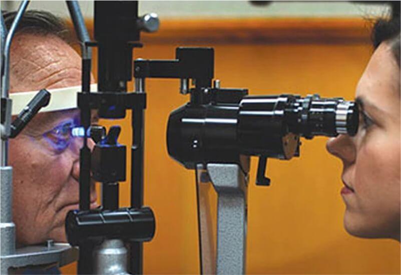 B.Optom - Aplanation Tonometer