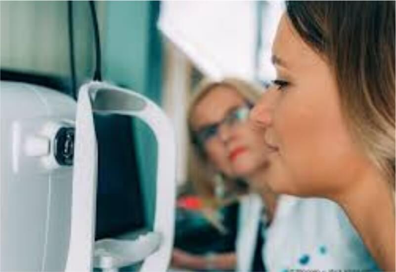 B.Optom - OCT Fundus Carnea Angiography Room