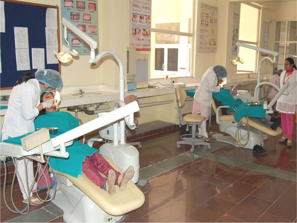 Periodontics UG Clinic Lab