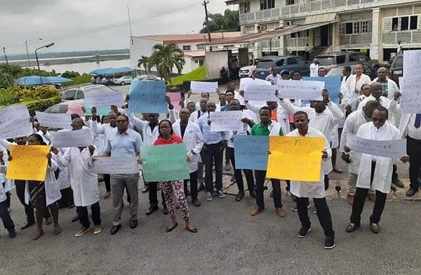 Alex Ekwueme Teaching Hospital Doctors on Strike