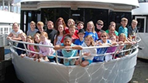 charter cruise field trip