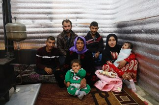 Coronavirus Plague, Economic Fallout Double Refugees' Woes in the Middle East