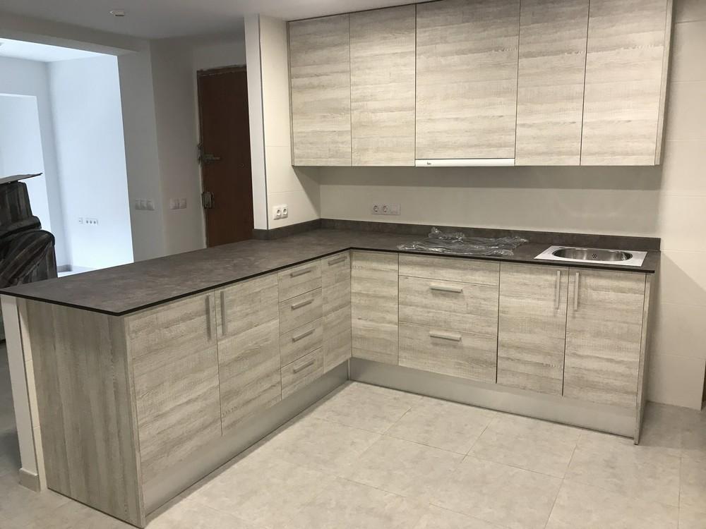 Mobiliario de oficina operativo y direccional Proyectos completos  Muebles para cocinas
