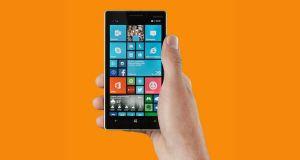 Nokia Lumia 830 Front View