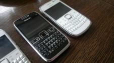 Nokia E72 und E6