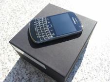BlackBerry Bold 9900 (3)