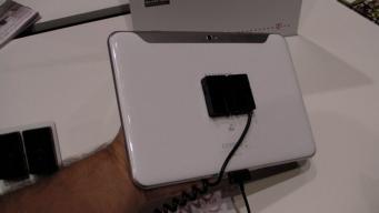 Samsung Galaxy Tab 8.9 LTE (5)
