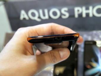 Sharp Aquos Phone 104SH Android (11)