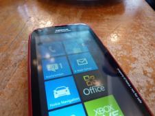 Nokia Lumia 610 (2)