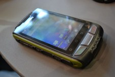 PX-3474_simvalley_MOBILE_Dual-SIM-Outdoor-Smartphone_SPT-800_3G_yellow (10)