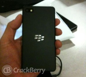 blackberry-dev-10-phone-1