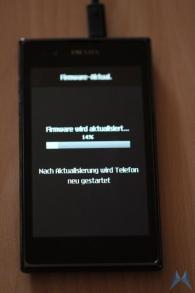 LG PRADA Phone by LG 3 (1)