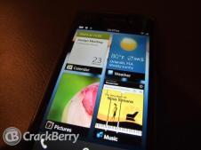 blackberry-10-homescreen-zoomed