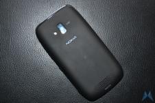 Nokia Lumia 600 (5)