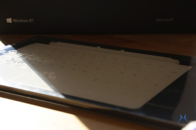 Microsoft Surface white touch cover IMG_8463