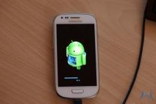 Samsung Galaxy S3 mini (1)