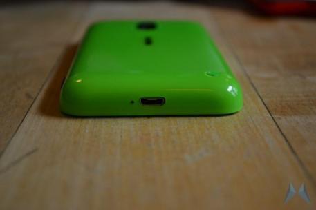 Nokia Lumia 620 Windows Phone (1)