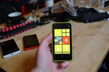 Nokia Lumia 620 Windows Phone (18)