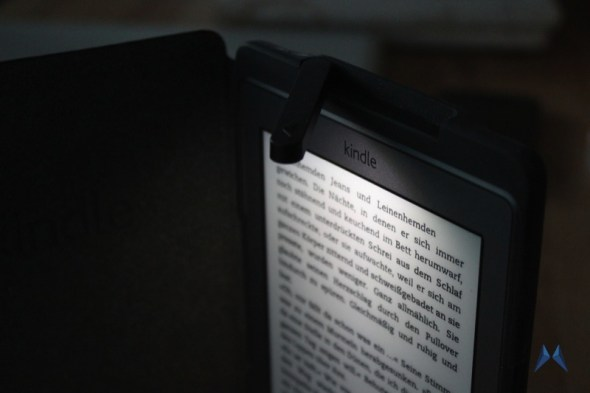 gemanmade Case im Buch-Look für das Amazon Kindle IMG_1991