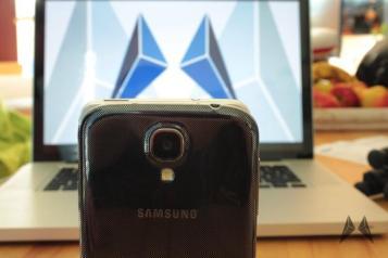 Samsung Galaxy S4 vs. HTC One IMG_2335