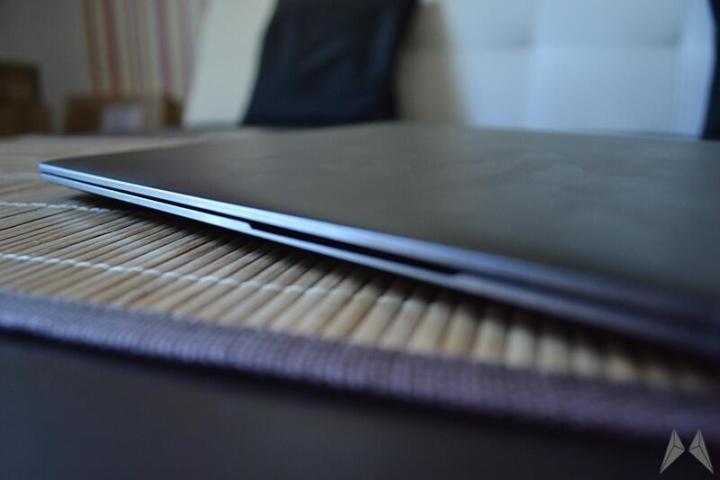 Samsung ATIV Book 9 Plus 17