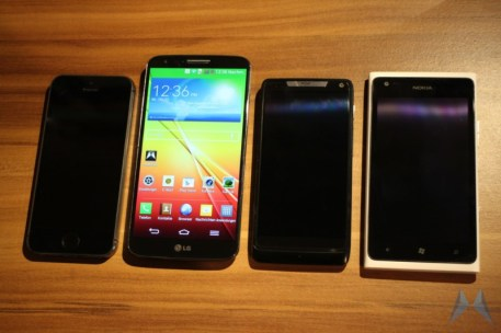 LG G2 Android Smartphone (10)