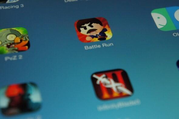 Wer bei einem Tablet auf Gaming setzt, ist beim iPad Air bestens Bedient: Trotz Hickups bei einigen Spiele, laufen die meisten tadellos. Zudem bleibt die Auswahl selbst von mobilen Konsolen ungeschlagen.