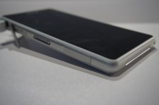 Sony Xperia Z1 Compact 4
