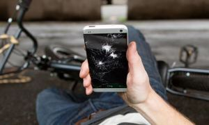 HTC One Broken Header