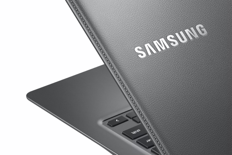 Chromebook2-13_014_Detail_Titanium-Gray 3
