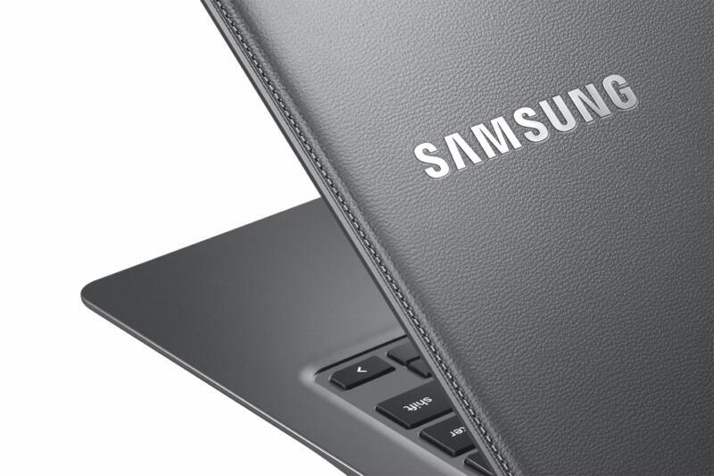 Chromebook2-13_014_Detail_Titanium-Gray 3