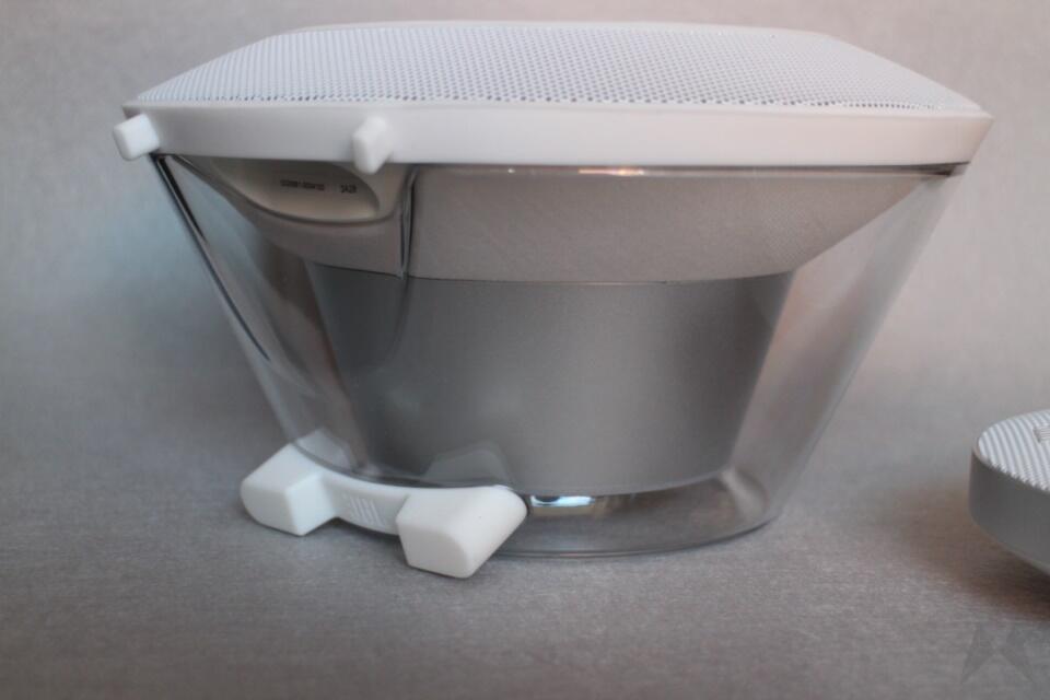 JBL Voyager Bluetooth-Lautsprechersystem Test (3)