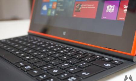 Nokia Lumia 2520 Tastatur