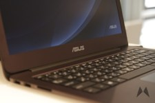 ASUS ZenBook UX305 _MG_1383
