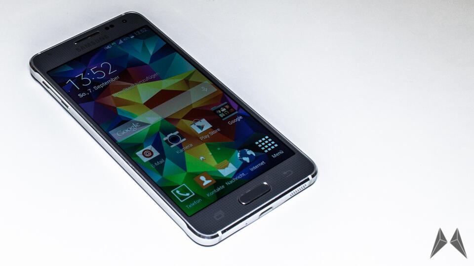 Samsung Galaxy Alpha auf der IFA ausprobiert