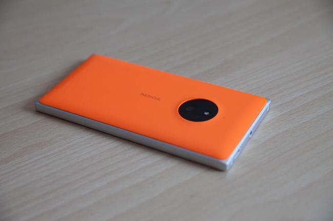 Lumia 830 (4)