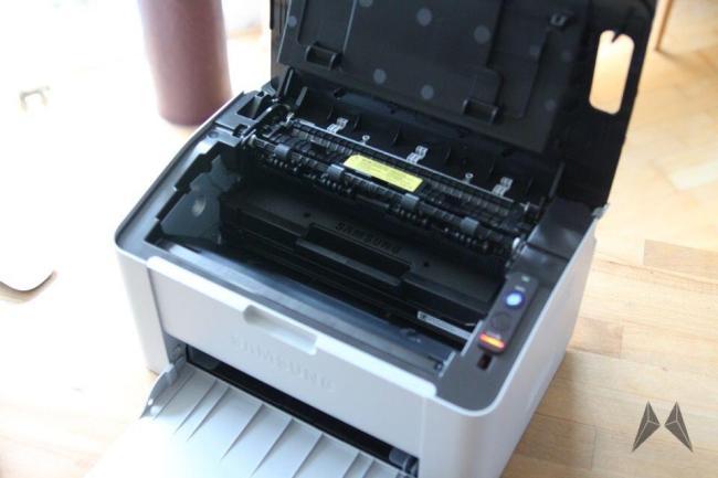 Samsung Xpress M2022W Drucker IMG_3095