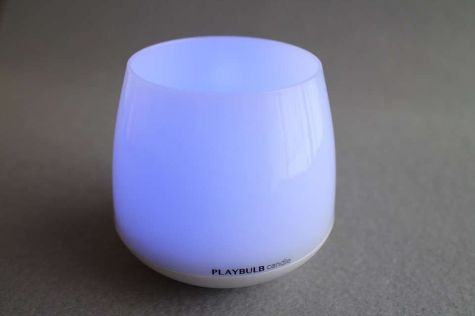 MiPow Playbulb Candle_15