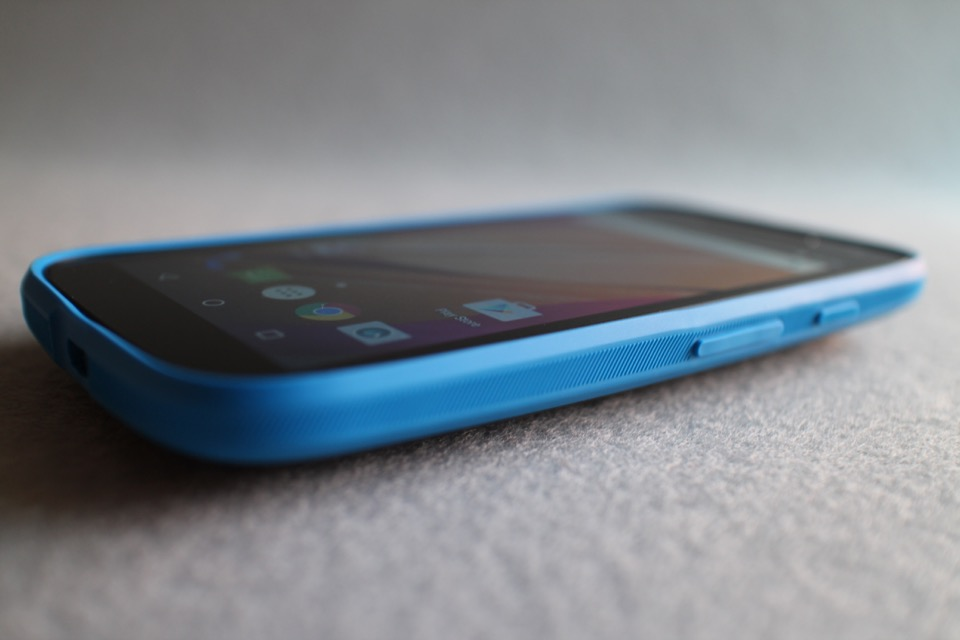 Motorola_Moto_E_LTE_2_Gen_9