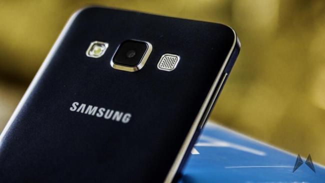 Samsung Galaxy A3 und Samsung Galaxy A5 015