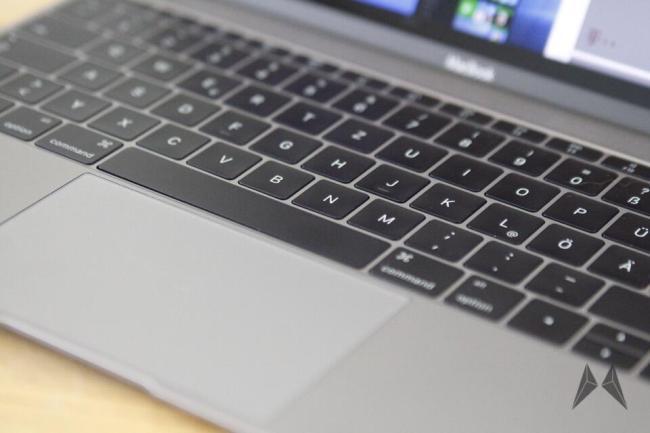 Macbook 2015 Tastatur und Trackpad _MG_7358
