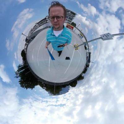 Insta360 Studio Tiny Planet