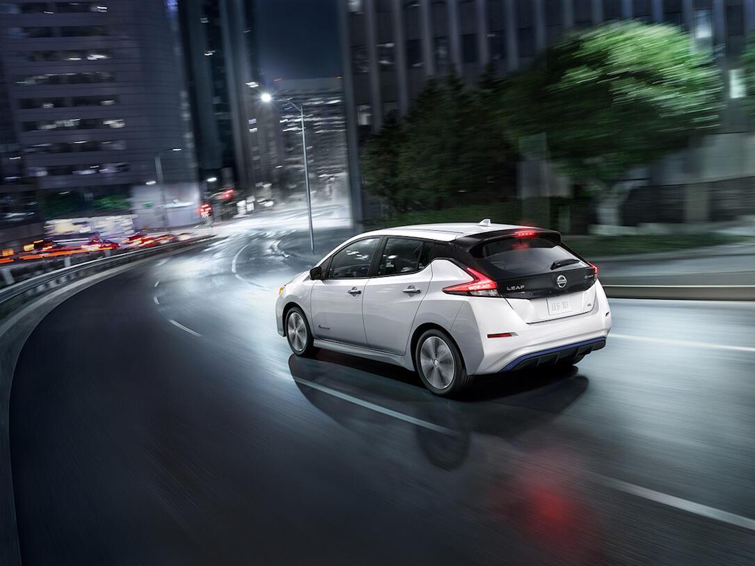 Nissan Leaf 2018 Pic2