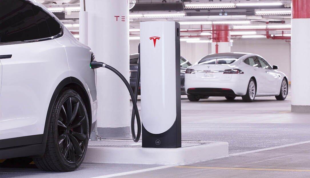 Tesla Supercharger Stadt