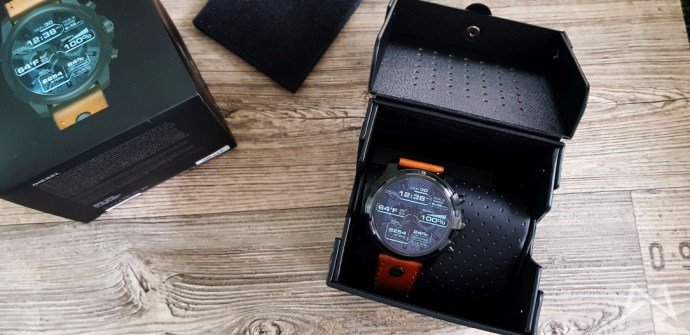 Dieselon Full Guard Smartwatch Android Wear Fossil Group 2017 10 06 10.55.50