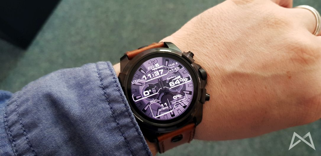 Dieselon Full Guard Smartwatch Android Wear Fossil Group 2017 10 06 11.37.55